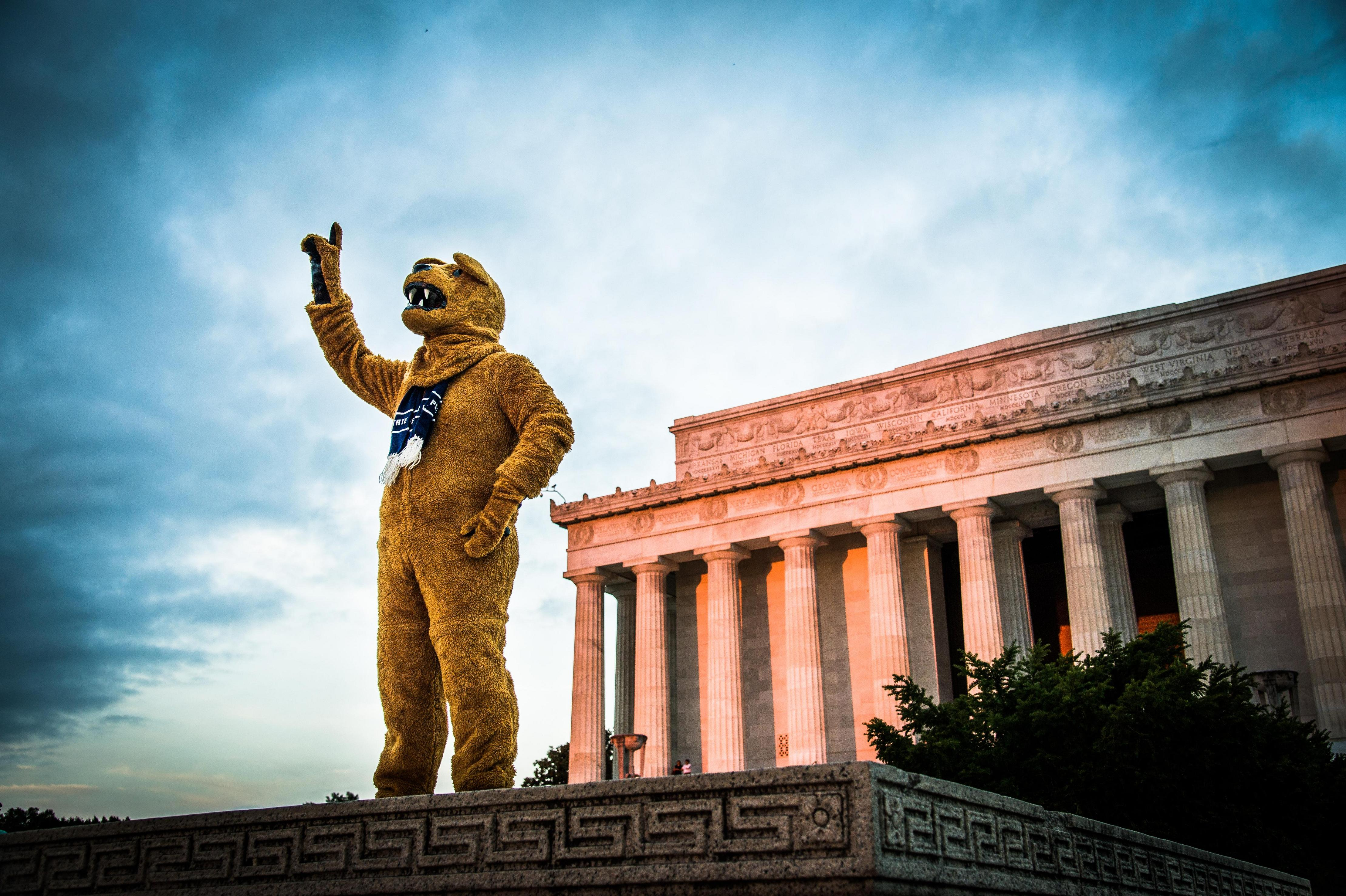 penn-state-nittany-lion-in-dc-by-len-spoden--4