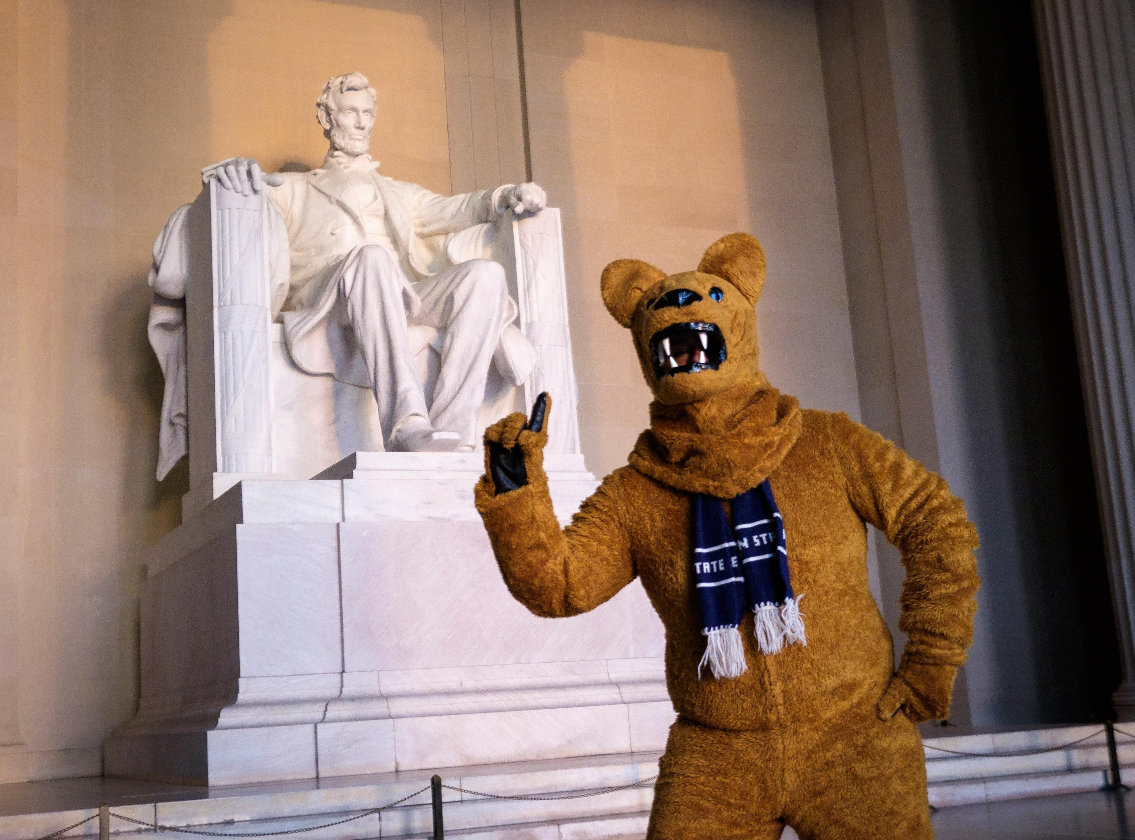 penn-state-nittany-lion-in-dc-by-len-spoden--17